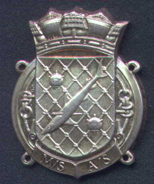Later issue badge